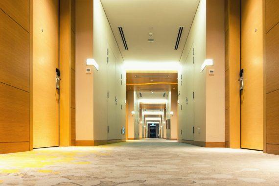 Impianti di condizionamento per grandi ambienti alberghieri e commerciali